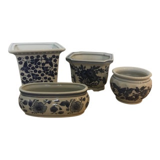 Ceramic Blue and White Floral Flower Pots Planters - Set of 4 For Sale