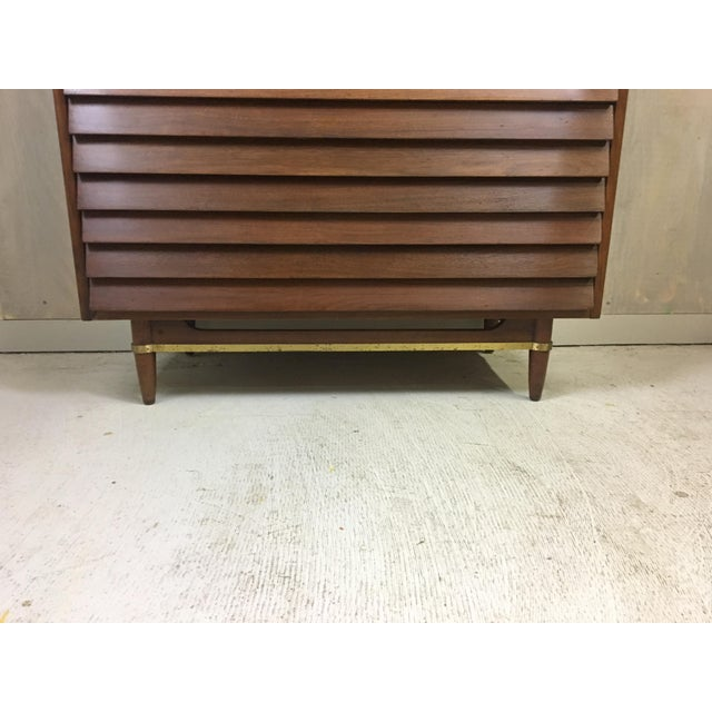 Dania Highboy for American of Martinsville by Merton Gershun For Sale In Boston - Image 6 of 9