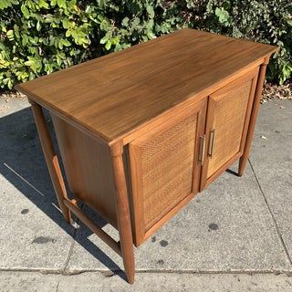 Mid Century Modern Credenza/ Side Board Preview