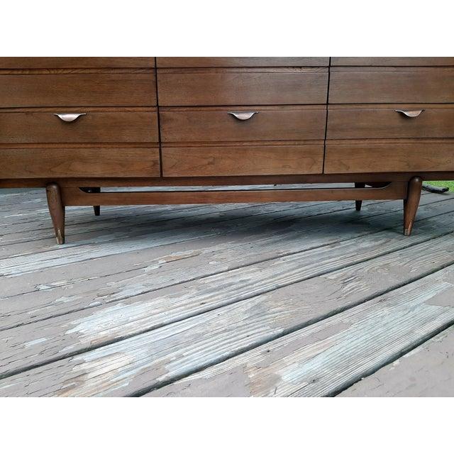 Mid Century Modern Hooker Mainline 9 Drawer Walnut Dresser With Mirror For Sale - Image 6 of 13