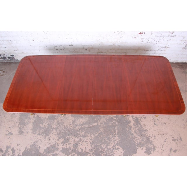 1980s Baker Furniture Historic Charleston Georgian Banded Inlaid Mahogany Dining Set For Sale - Image 5 of 13