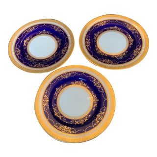 Early 19th Century English Cobalt Blue and Gold Embossed Porcelain Plates by Minton - Set of 3 For Sale