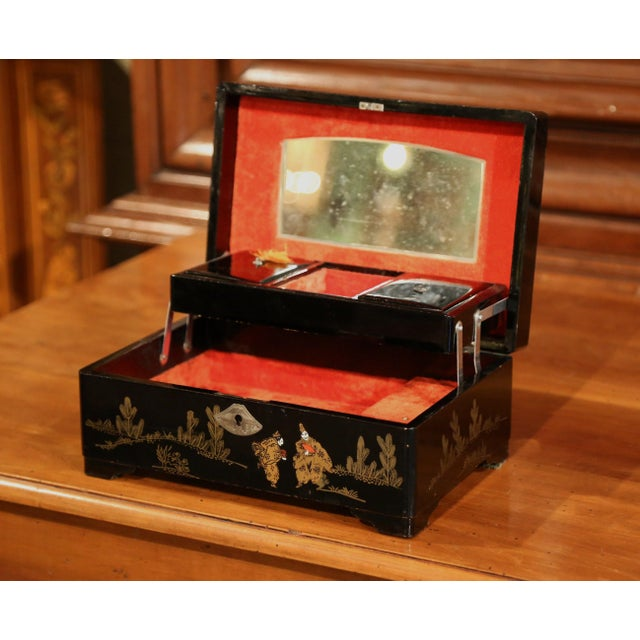 Asian 19th Century French Black Lacquered Make Up Music Box With Chinoiserie Decor For Sale - Image 3 of 9
