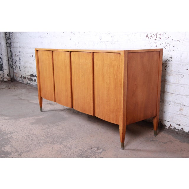 Sligh Mid-Century Modern Walnut Sideboard Credenza With Bookcase Hutch For Sale - Image 11 of 12