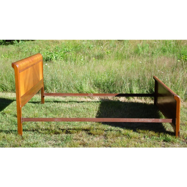 Vintage Art Deco Walnut Full Double Waterfall Bed For Sale In Providence - Image 6 of 12
