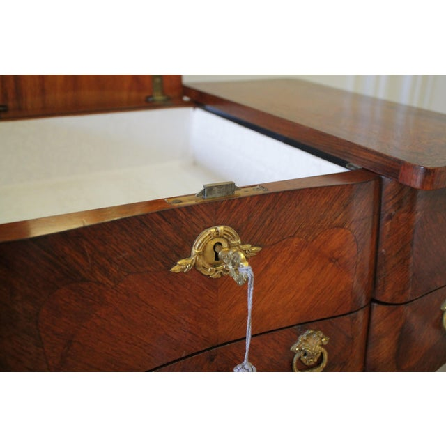 20th Century Italian Inlaid Vanity With Mirror and Key For Sale In Los Angeles - Image 6 of 11