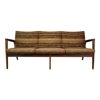Vintage Mid Century Modern W.H. Gunlocke Walnut 3-Seater Sofa For Sale