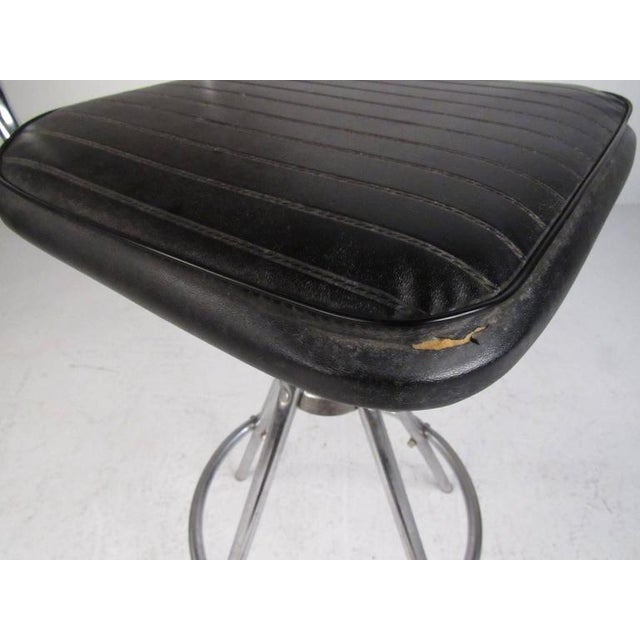 Mid-Century Modern Slat Back Swivel Bar Stools - A Pair For Sale In New York - Image 6 of 11