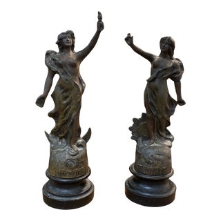 Early 20th Century Victoire Gloire French Bronze Figures - a Pair For Sale
