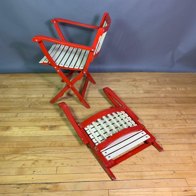 White Pair Fratelli Reguitti Lacquered Folding Chair, Italy 1960s For Sale - Image 8 of 13
