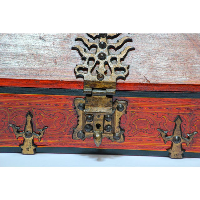 Metal Large Decorative Indian Jewelry Box With Brass, Kerala Nettur Petti For Sale - Image 7 of 13