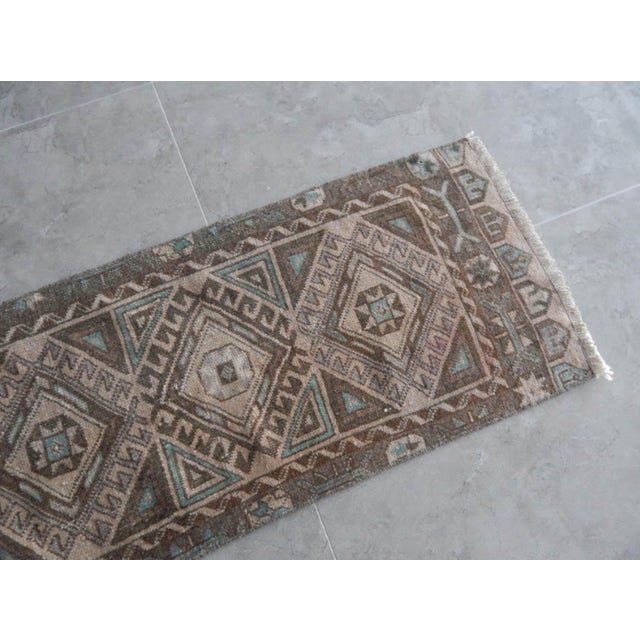 1970s Low Pile Distressed Small Rug Hand Knotted Oushak Rug For Sale - Image 5 of 8