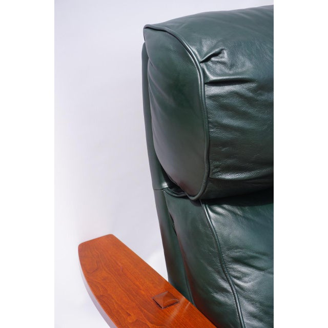 Stickley Morris Bustle Back Bow Arm Recliner For Sale In San Diego - Image 6 of 12