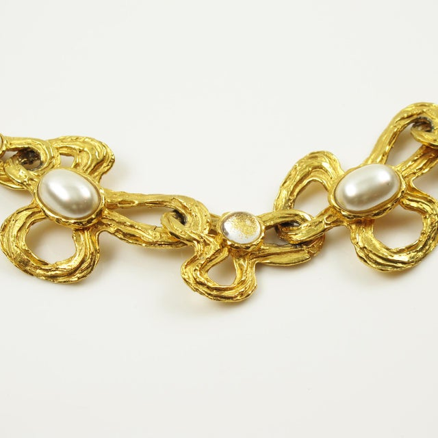 1990s Lanvin Paris Choker Necklace Gilt Metal Pearl and Glass Cabochon For Sale - Image 5 of 10