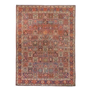Early 20th Century Bakhtiari Rug For Sale