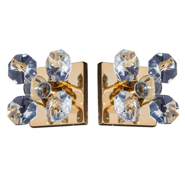 Art Deco Pair of Cut Crystal and Gold Hollywood Regency Sconces by Christoph Palme For Sale - Image 3 of 13