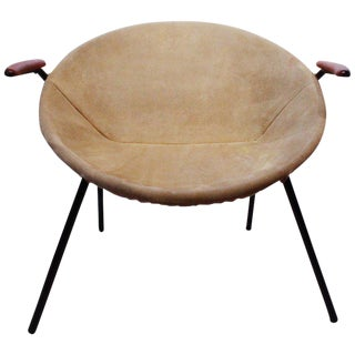 1960s Scandinavian Modern Hans Olsen and Lea Design Patinated Light Suede 'Balloon' Chair For Sale