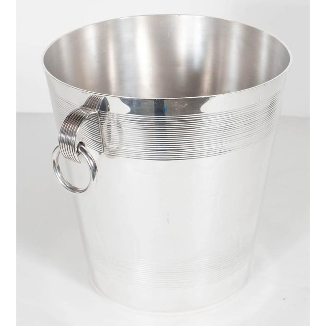 Handsome English Art Deco Silver-Plate Ice Bucket with Stylized Ring Handles For Sale - Image 4 of 10
