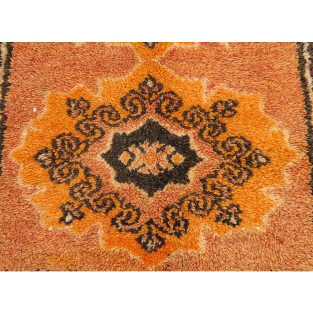 Moroccan Vintage Moroccan Rug - 1′2″ × 3′4″ For Sale - Image 3 of 8