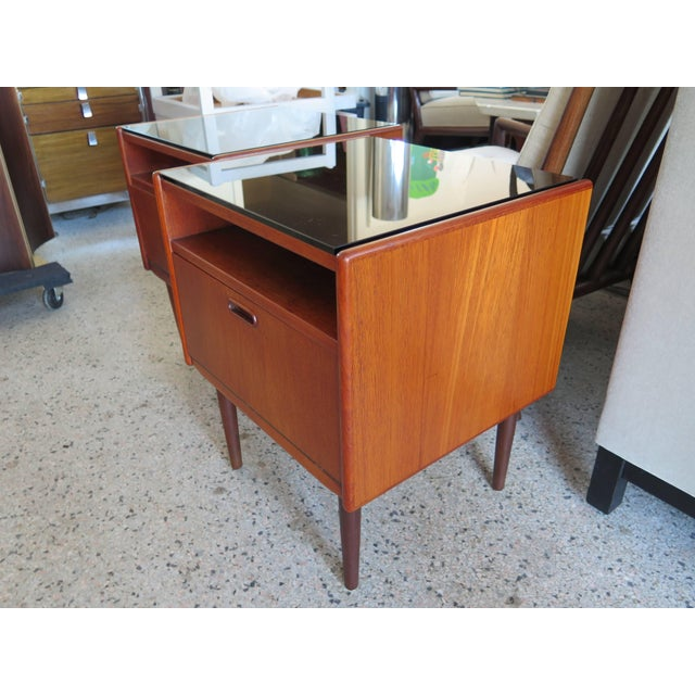 1960s Pair of Night Stands by Borge Mogensen For Sale - Image 5 of 5