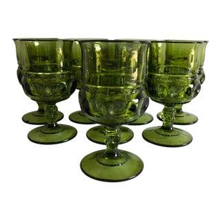 Midcentury Avocado Green Thumbprint Pattern Set of 8 Wine Glasses For Sale