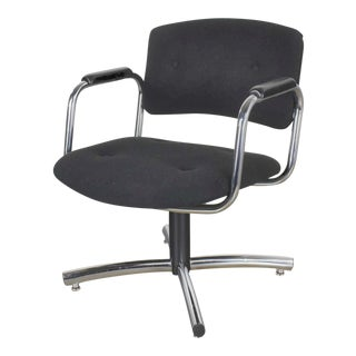Vintage Modern Chrome & Black Office Armchair 4 Prong Base Style Steelcase 1970 For Sale