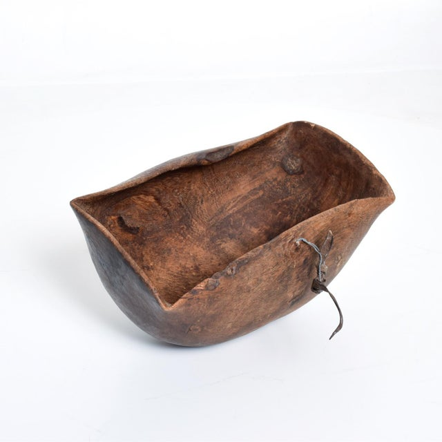 Wood Antique African Tribal Art Hand-Carved Wood Bowl For Sale - Image 7 of 11