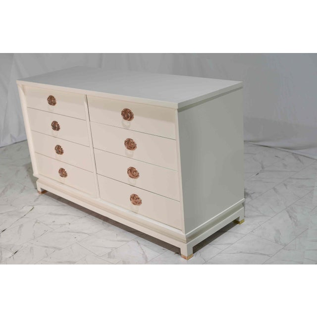 American of Martinsville 1960s American of Martinsville Eight Drawer Dresser With Rose Gold Hardware For Sale - Image 4 of 12