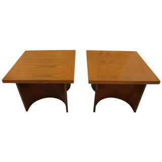 Mid Century Kroehler End Tables - Pair For Sale