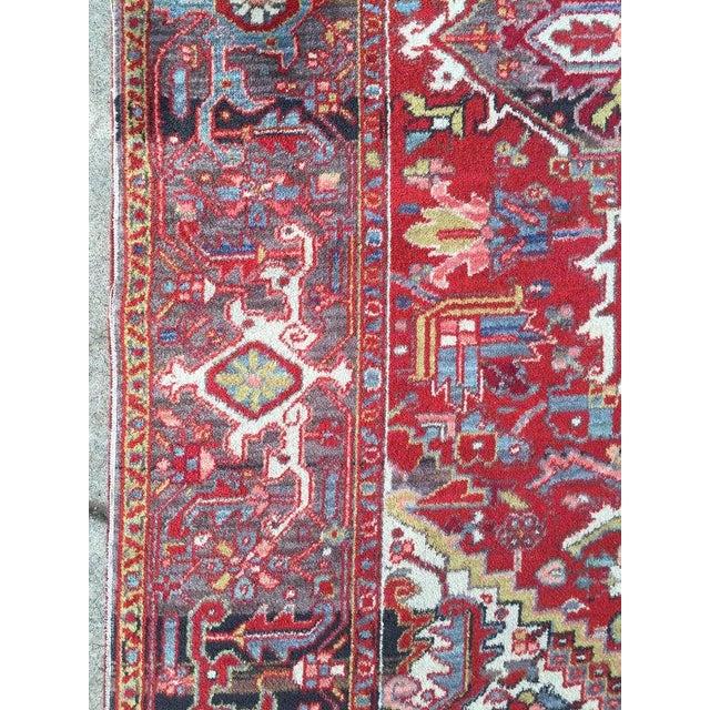 """Antique Persian Heriz Rug - 7'8"""" x 11'3"""" - Image 4 of 6"""