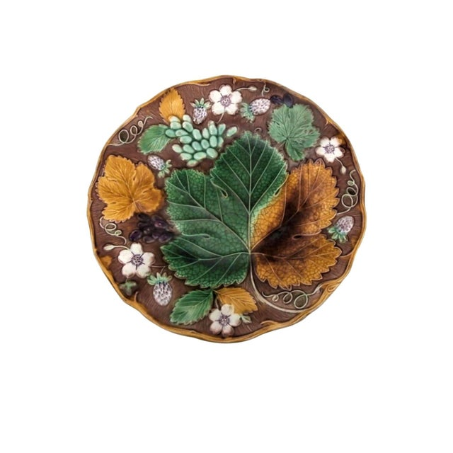 Late 19th Century 19th Century Majolica Strawberry Plate Wedgwood For Sale - Image 5 of 5