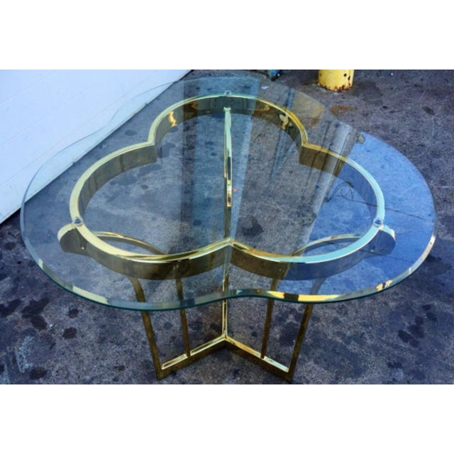 Hollywood Regency Gold Tone Metal & Glass Clover Form Side Table For Sale - Image 3 of 4