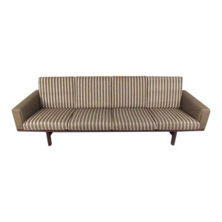 Scandinavian Modern Sofa by Hans Wegner for GETAMA GE 236/4 For Sale