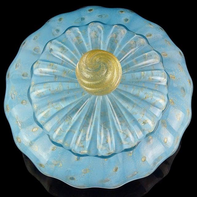 Mid-Century Modern Alfredo Barbini Italian Murano Blue Gold Flecks Art Glass Vanity Powder Box For Sale - Image 3 of 6