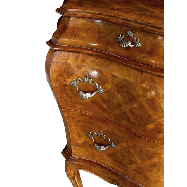 A Shapely and Large Pair of Italian Rococo Style Bombe-Form Chests of Drawers With Cross-Hatched Marquetry For Sale - Image 4 of 7