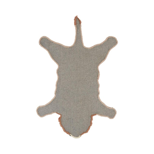 Bring some cheer to your room with this beautifully handmade Pinky Lion Rug Small. The Pinky Lion Rug Small is part of our...