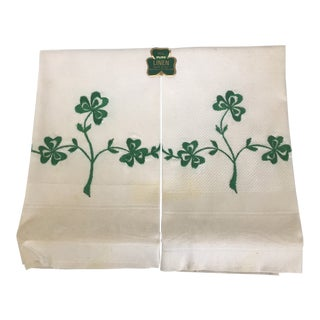 Boxed Pair of Hand Embroidered Irish Linen Guest Towels For Sale