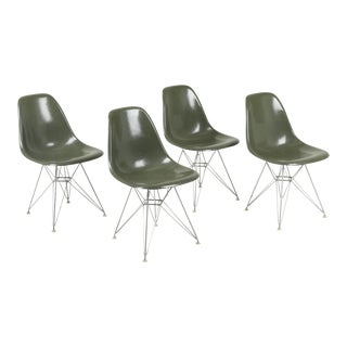 Vintage Herman Miller Eames Dsr Fiberglass Shell Chairs - Set of 4 For Sale