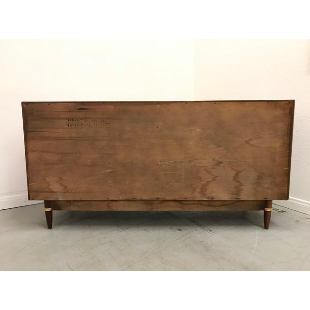 American of Martinsville 1960s Mid Century Modern American of Martinsville Walnut Credenza For Sale - Image 4 of 12