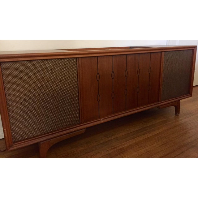 Mid-Century Modern Mid Century Rca Victor Stereo Hi-Fi Cabinet Unit For Sale - Image 3 of 6