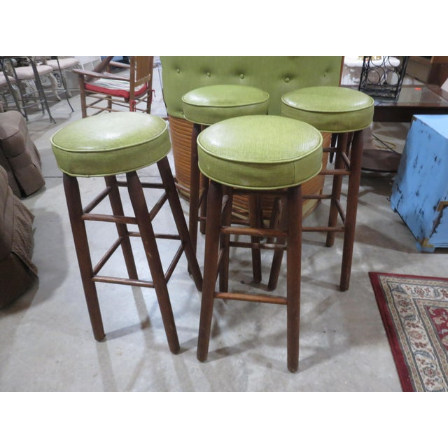 Very nice vintage set, maybe Kitsch, not sure. The bar itself measures 48.5 wide, 25 deep and 42.5 inches tall. Has an...