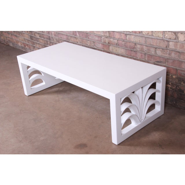 Mid-Century Modern Robsjohn-Gibbings for Widdicomb Hollywood Regency White Lacquered Palm Leaf Coffee Table, Newly Restored For Sale - Image 3 of 10