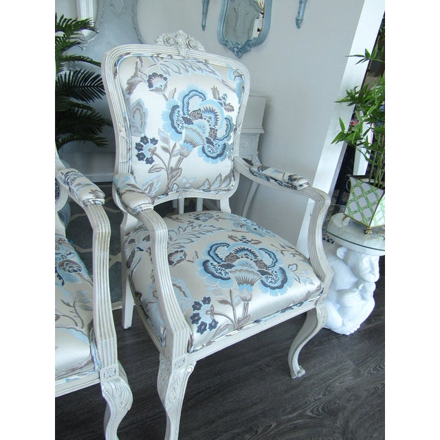 1950s Floral Upholstered French Settee & Arm Accent Chair For Sale - Image 5 of 8