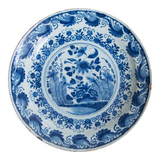 Antique 18th-Century English Delft Faience Floral Charger For Sale