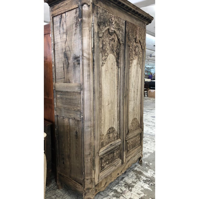 18th. C. French Renaissance Carved Armoire For Sale In Atlanta - Image 6 of 13