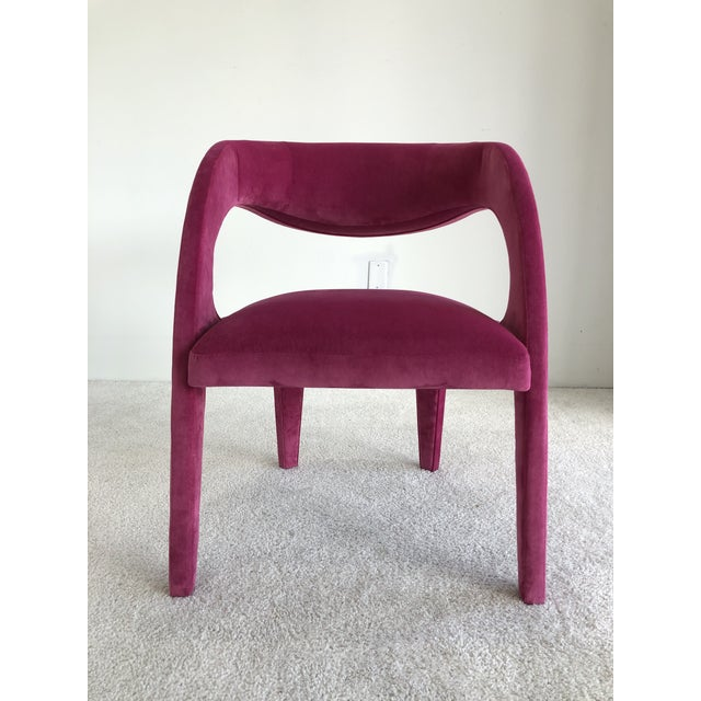 Available for sale pair of sculptural Avant-Garde Fendi Casa Italian Chairs in velvet upholstery with beautiful magenta...