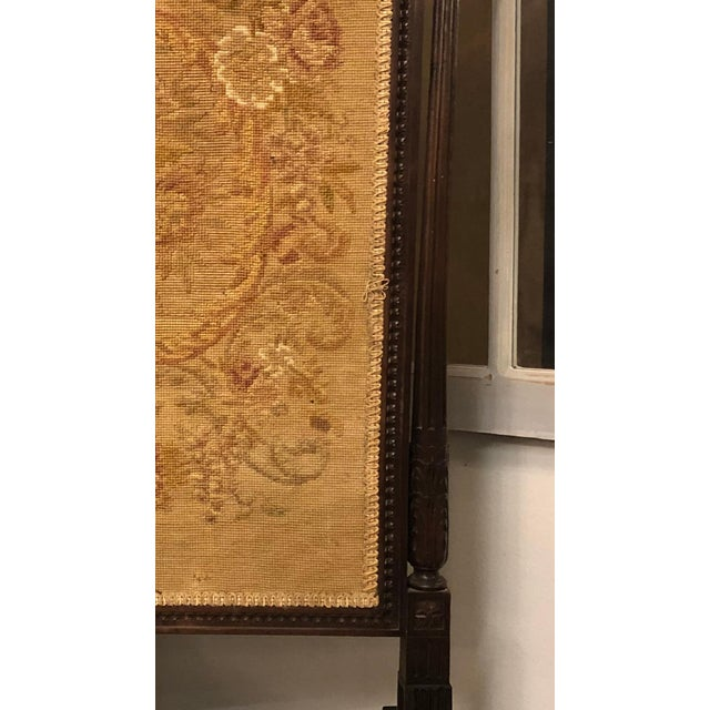 French Louis XVI Carved Oak Fireplace Screen For Sale In Atlanta - Image 6 of 7