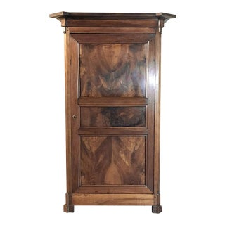 19th Century Directoire Period Walnut Bonnetiere For Sale