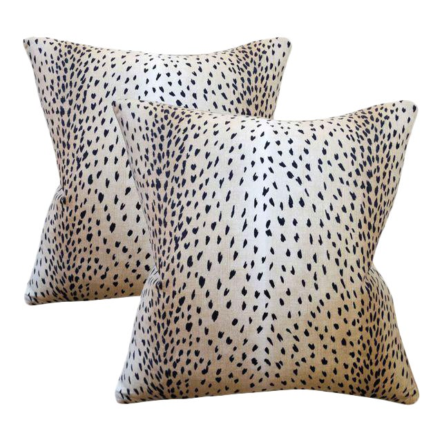 Down feather designer Linen pillows with a magnificent Doe print. The reverse is a solid Cotton/Linen blend fabric. Each...
