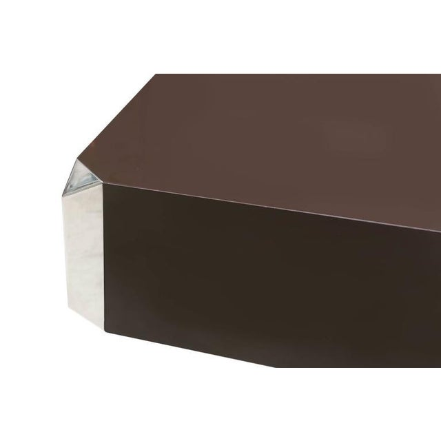 Brown and chrome coffee table formica chromed steel Multiplex, Willy Rizzo, France, 1970s. Measures: L 128 cm, W 80 cm, H...